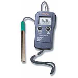les pH-mètres, qui testent le pH de l'eau et de la terre